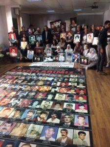 İHD Diyarbakır Şubesi'nde kayıp yakınları 398. kez bir araya geldi.