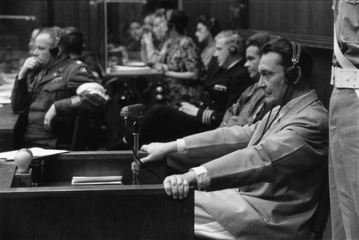 """""""Nürnberg Mahkemeleri"""" / """"Nuremberg Trials"""" Kurt Hutton - Picture Post - Getty Images   Orijinal yayın / Original publication: Picture Post - 4200 - Nuremberg Trials Yayım tarihi / Published: 1946 Nazi lideri Hermann Wilhelm Goering (1893 - 1946), idama mahkum edildiği Nürnberg Savaş Suçları Mahkemesi'nde, 1946."""