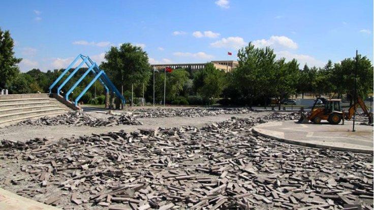 Anıtpark'ın yenileme faaliyeti başladıktan sonra görünümü. Arkada Anıtkabir.