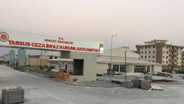 Tarsus Kadın Kapalı Cezaevi'nde 12 kadın süresiz dönüşümsüz açlık grevinde...